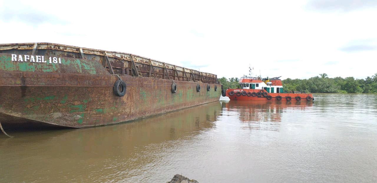 1 set tongkang 180 feet tahun 2008-2012